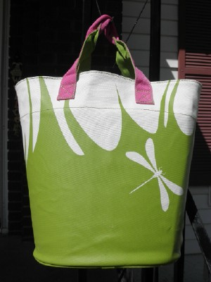 Tote firefly web