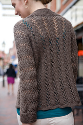 Park_BrownSweater_165_small_best_fit