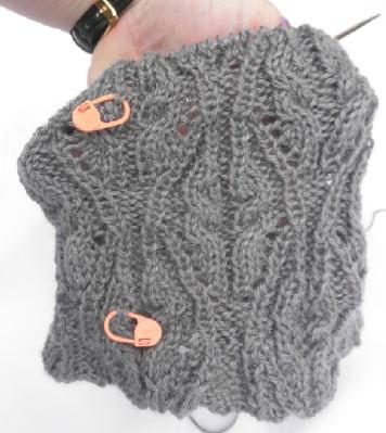 Grey cowl web